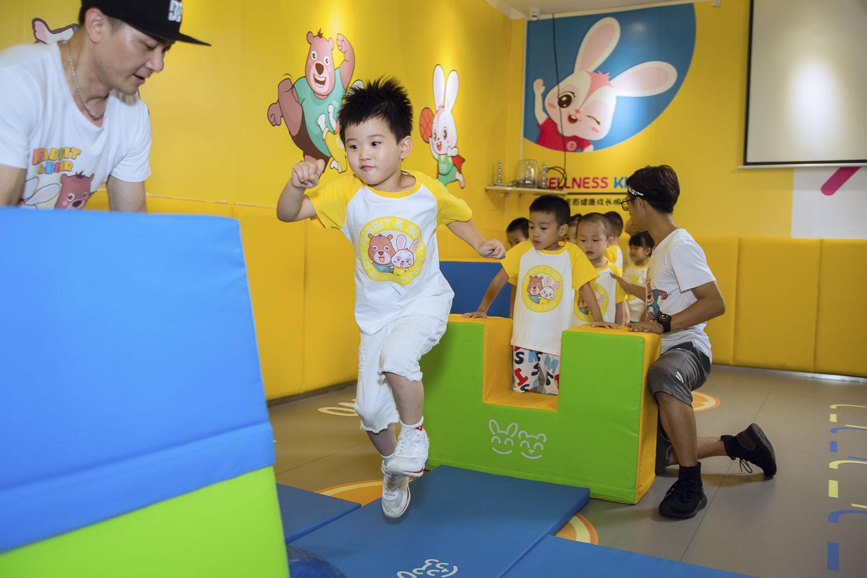 兔加熊儿童运动体能课.jpg